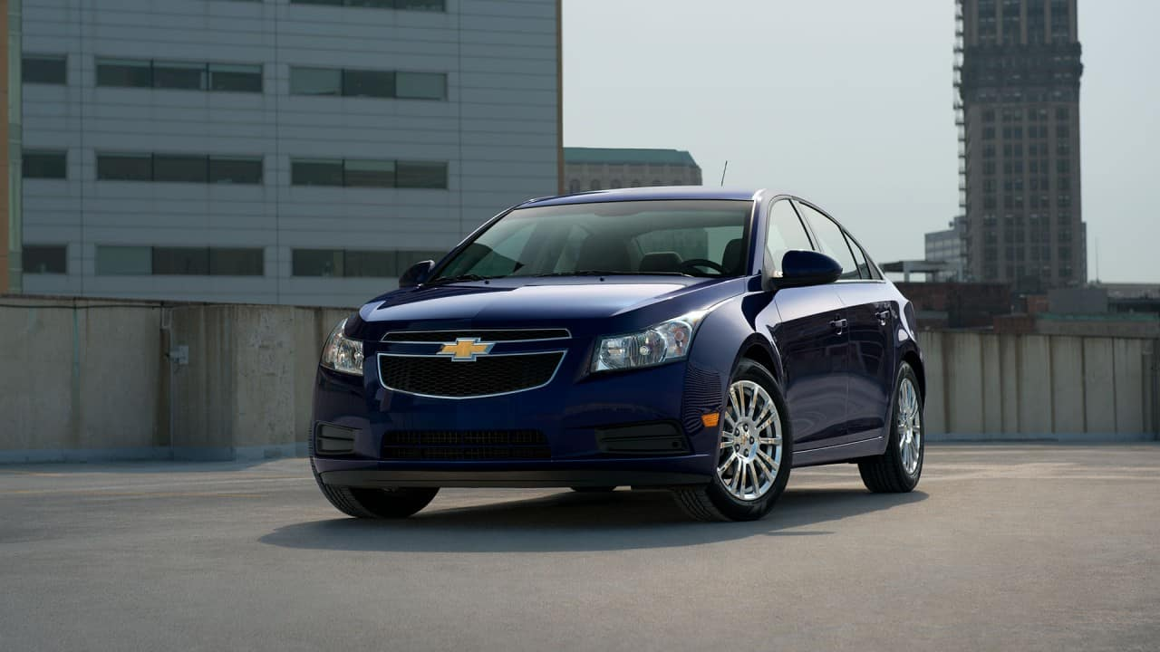 used chevy cruze near elgin schaumburg biggers chevrolet. Black Bedroom Furniture Sets. Home Design Ideas