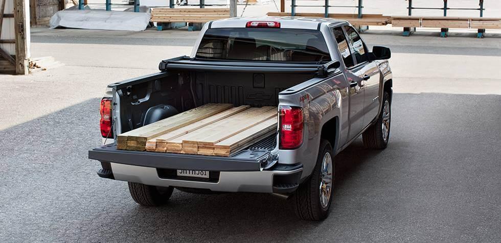 2017 Chevrolet Silverado 1500 carries cargo