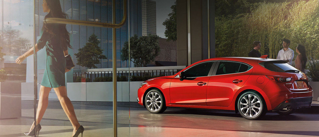 2016 Mazda3 5door profile view