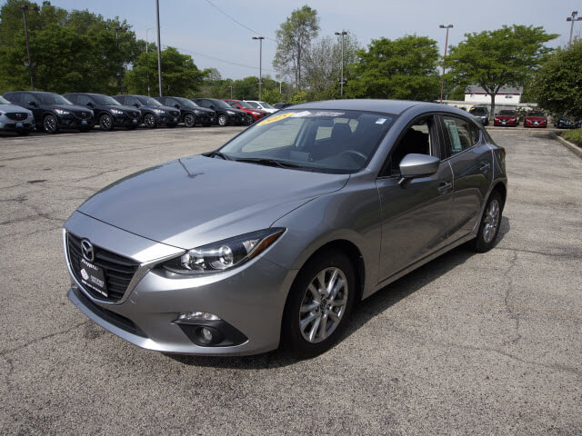 Pre-Owned 2015 Mazda3 i Touring FWD