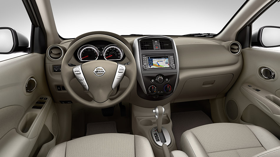 2015 Nissan Versa Interior