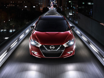 2016 Nissan Maxiam Front