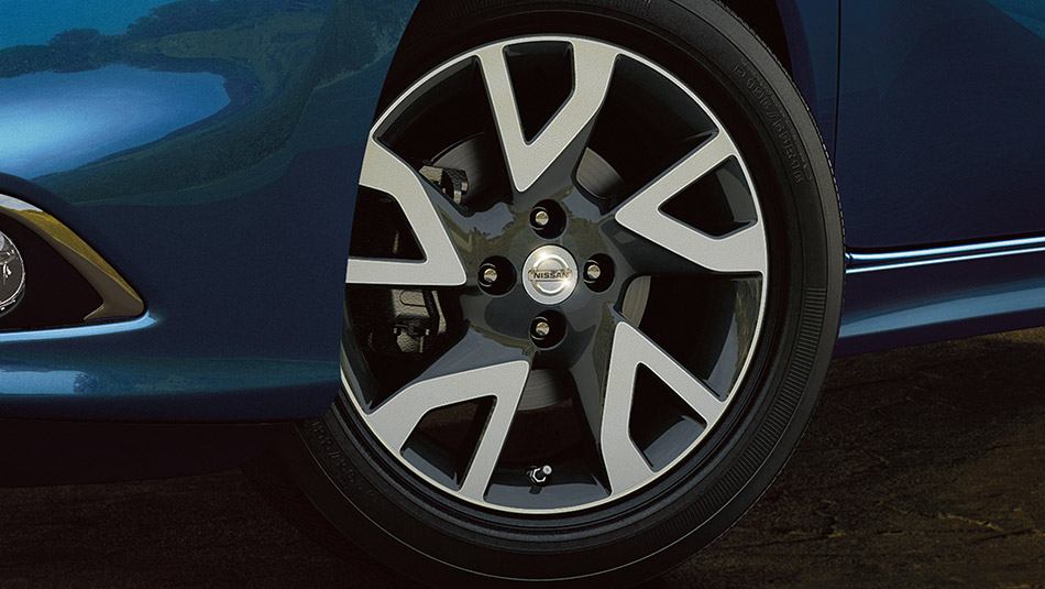 Versa Note SR Wheels