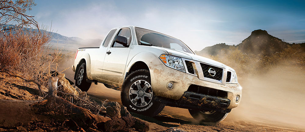 2016 nissan frontier glacier white off roading