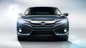 2016 Honda Civic front view