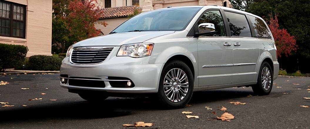 2016 Chrysler Town and Country on display