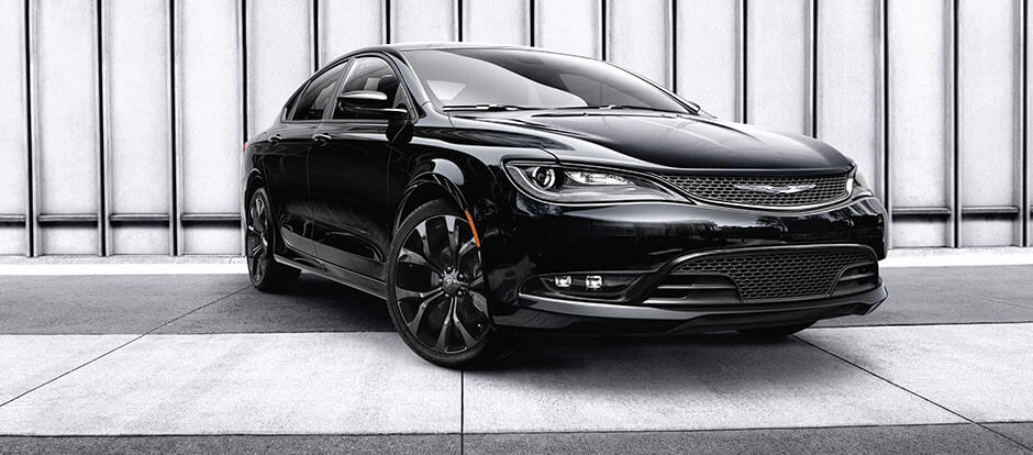 2016 Chrysler 200 black exterior
