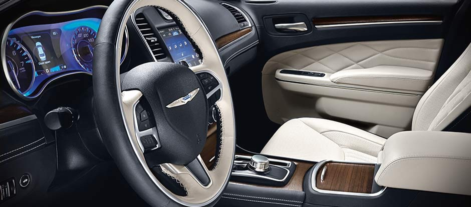 2016 Chrysler 300 front interior