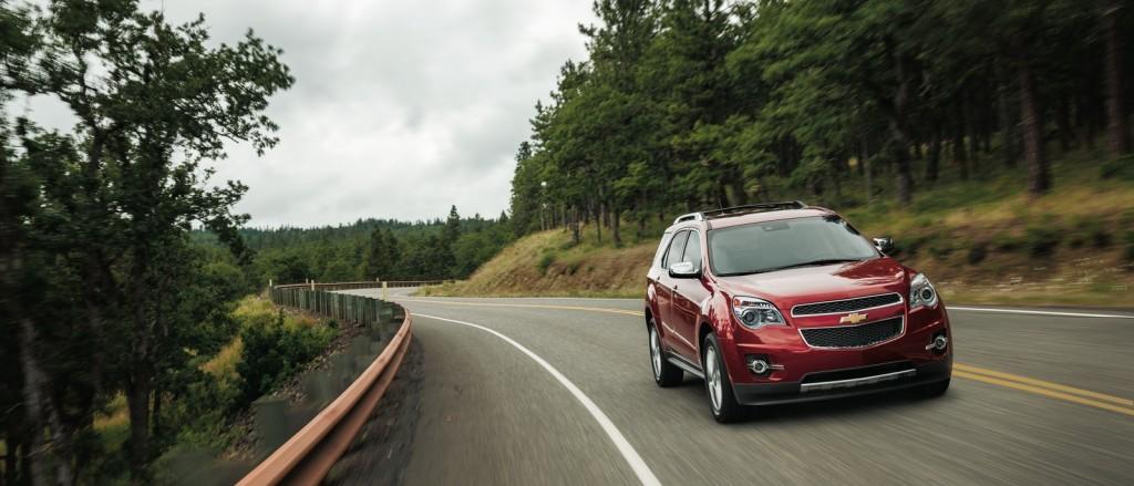 2015 Chevrolet Equinox on road