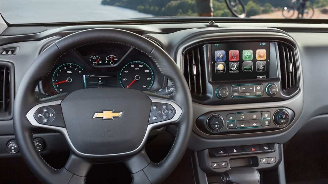 2017 Chevrolet Colorado technology features