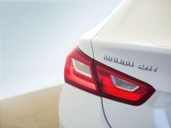 2016 Chevrolet Malibu detail