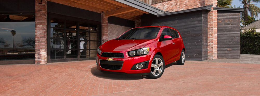 2016 chevrolet sonic ltz features tom gill chevrolet. Black Bedroom Furniture Sets. Home Design Ideas