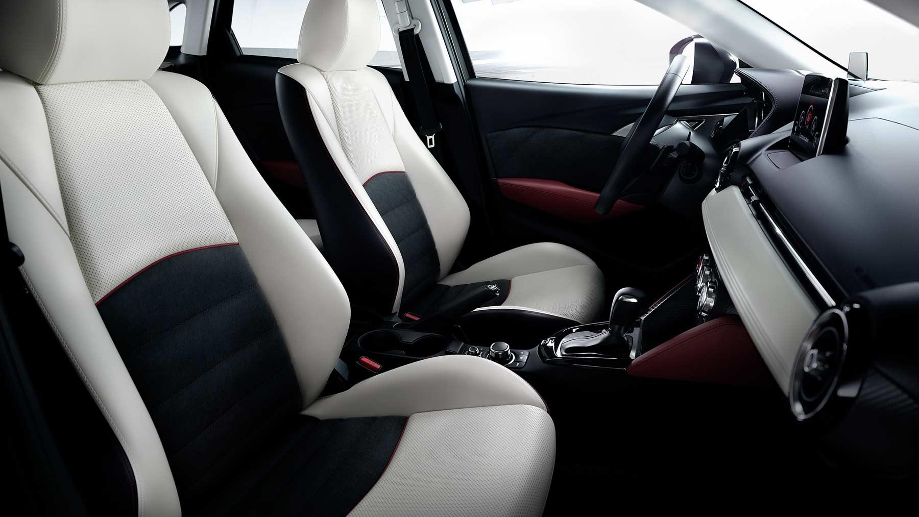 2017 Mazda CX-3 Interior Lightbox