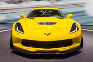 GY 2 Corvette Racing Receives Endurance Racing Triple Crown in 2015