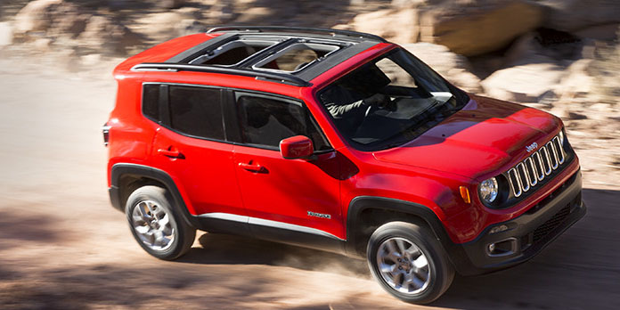 2017 Jeep Renegade Driving