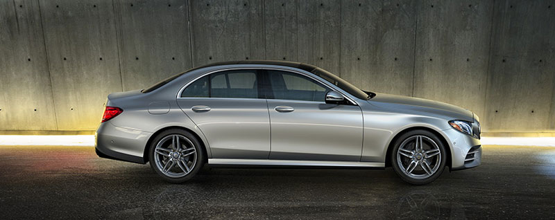 2017 Mercedes-Benz E 300 4MATIC Sedan
