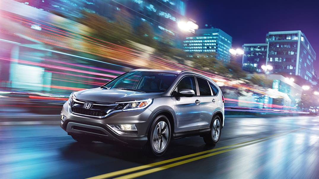 2016 Honda CR-V on road