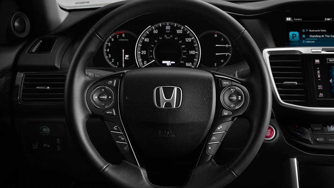 2016 Honda Accord dash