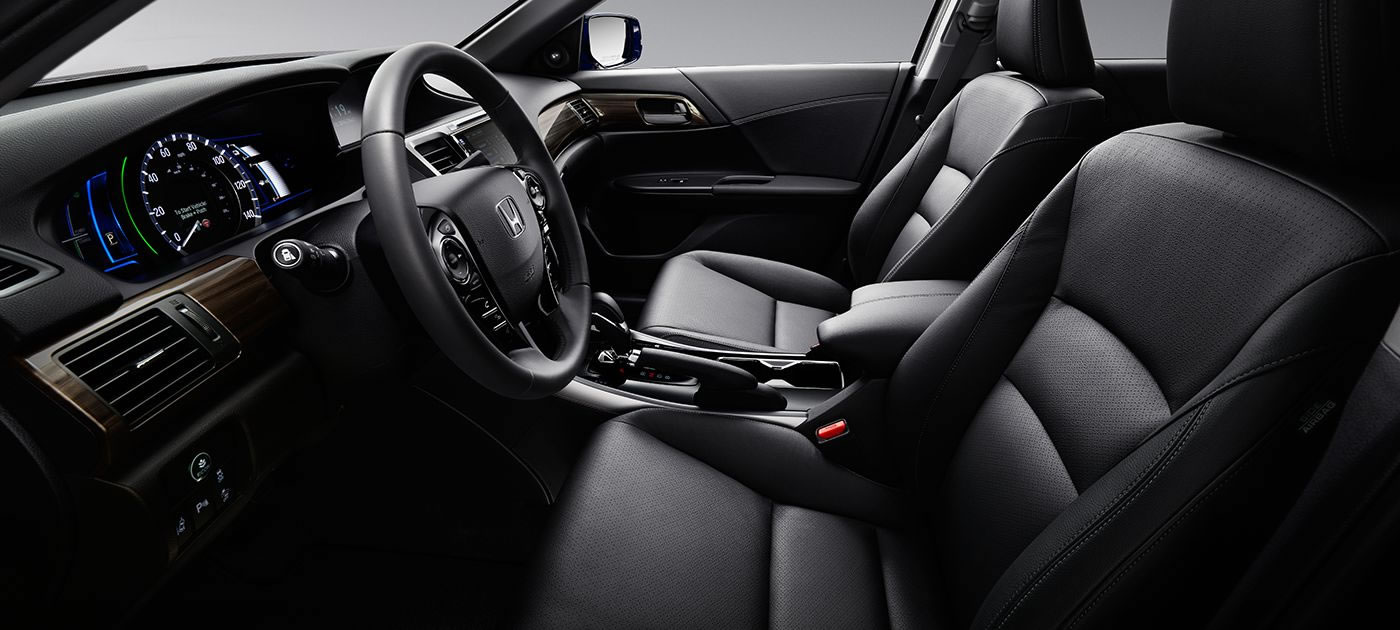 2017 Honda Accord Hybrid seats