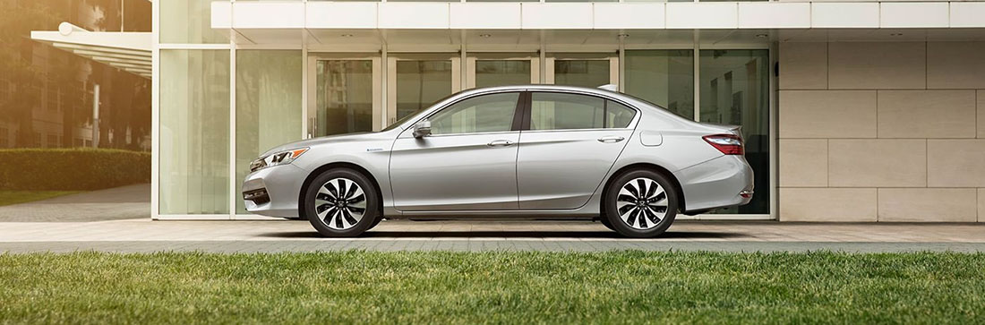 2017 Honda Accord Hybrid Side