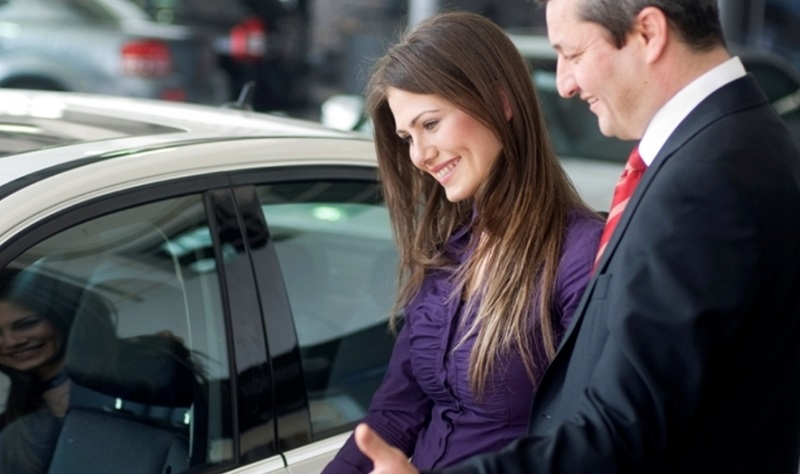 Woman-Buying-Used-Car