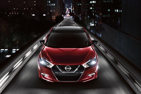 2016 Nissan Maxima Styling