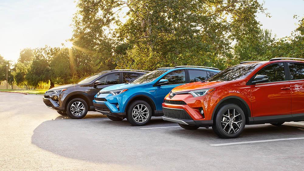 2017 Toyota RAV4 Hybrid Trio
