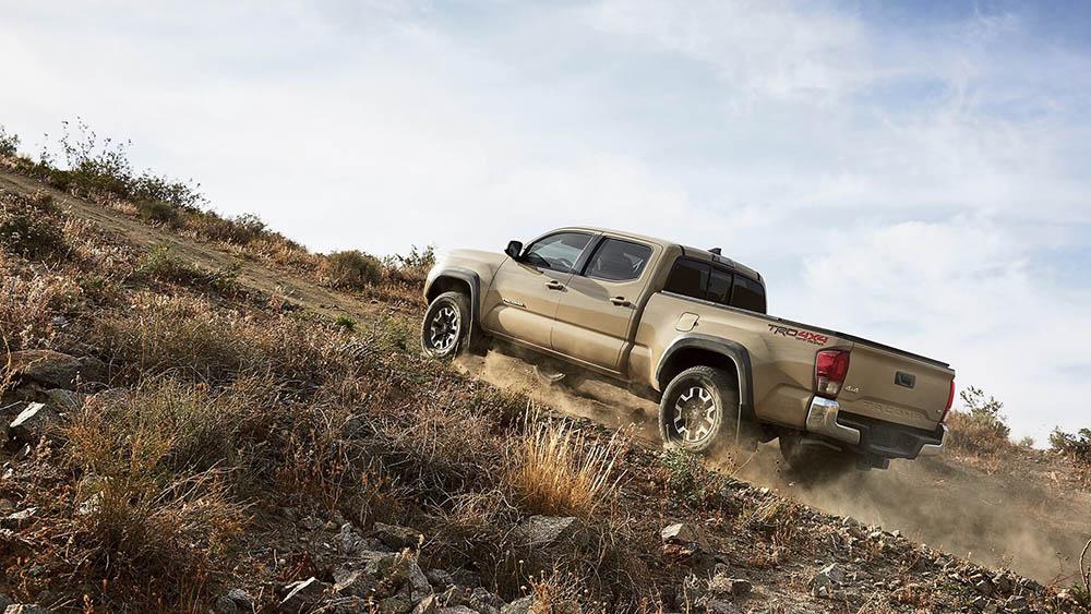 2017 Toyota Tacoma Uphill