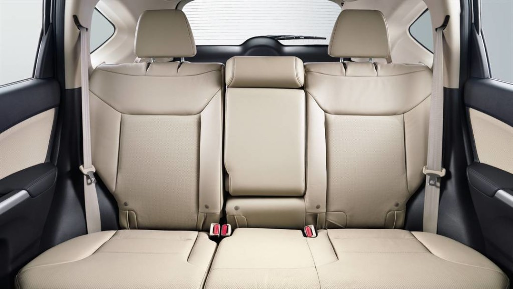 2016-Honda-CR-V Back seats