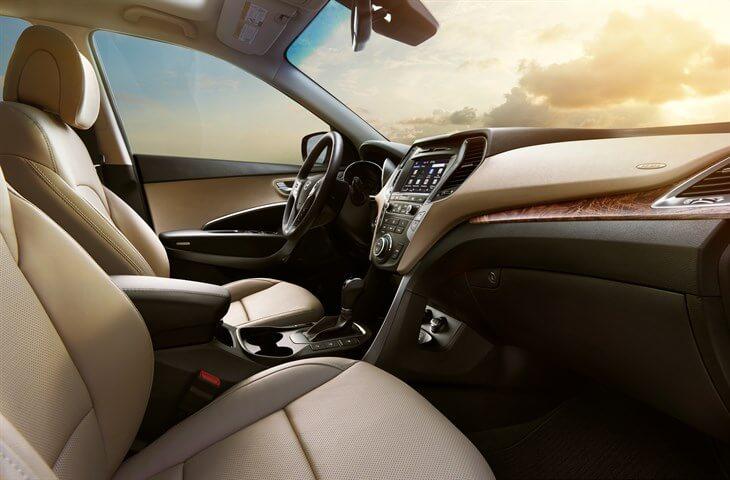2017 Hyundai Santa Fe Interior