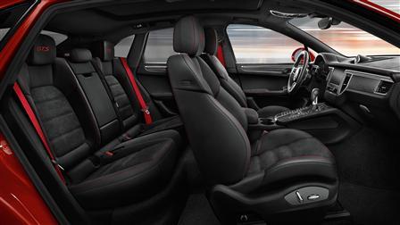 2017 Porsche Macan GTS interior