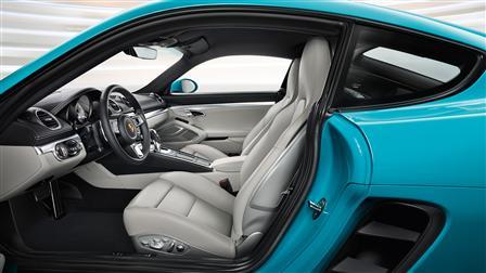 2017 Porsche 718 Cayman S interior