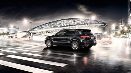 2017 Porsche Cayenne Platinum Edition exterior
